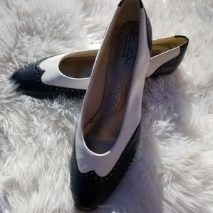 Wing tip heel